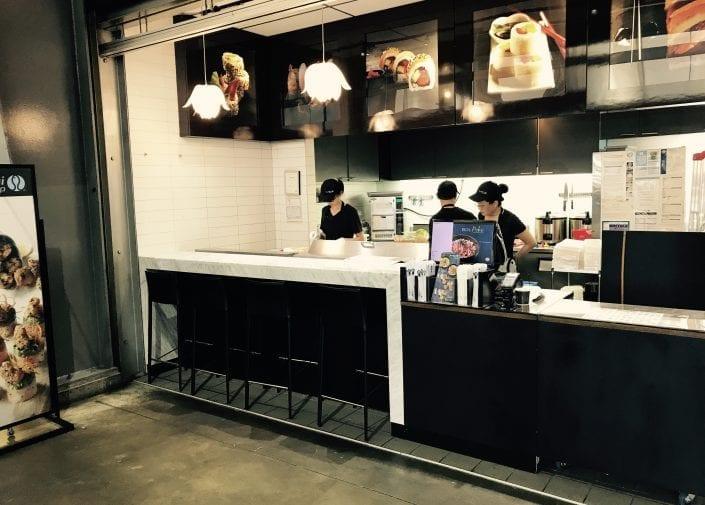 Sushi Shop Restaurant Métro Longueuil