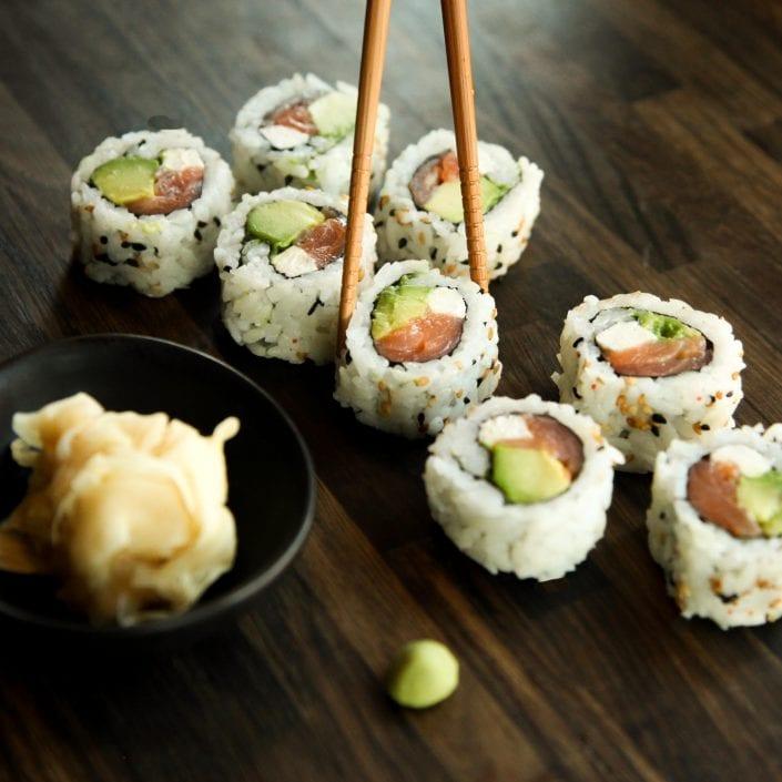 L'histoire du sushi qui a plus d'un tour dans son rouleau!